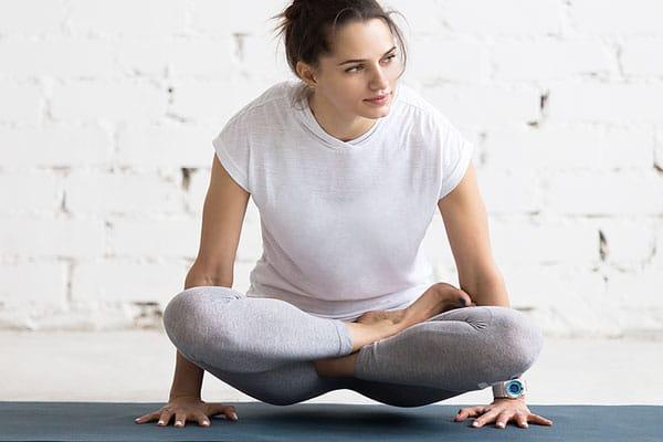clases de hatha raja yoga en pamplona