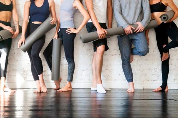 Yoga y Cuidado Físico