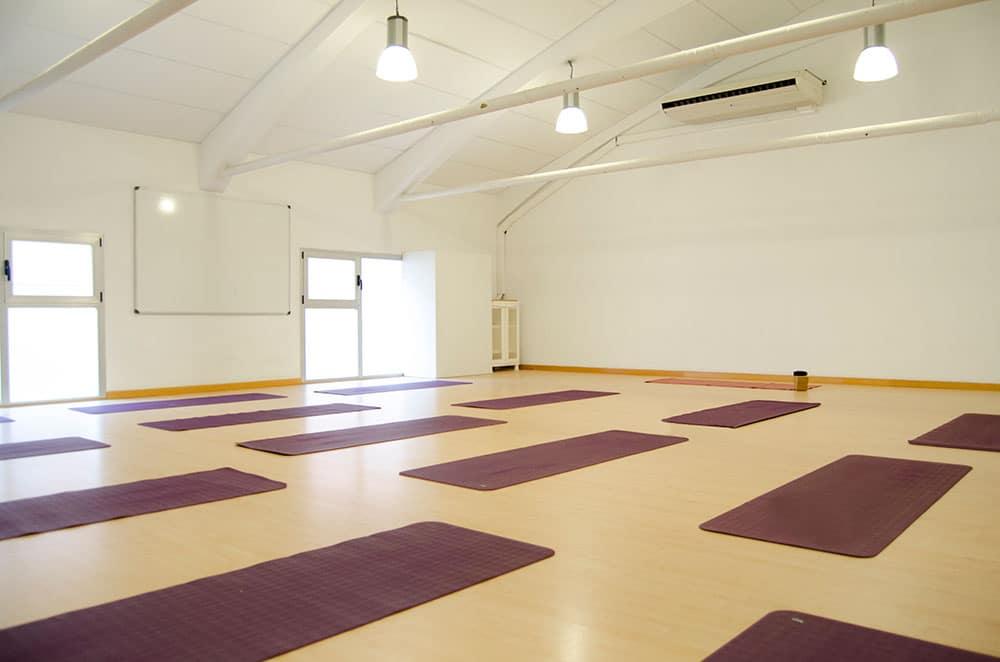 clase yoga en centro de pamplona